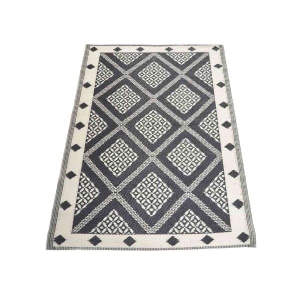 Nordje Teppich Outdoor | schwarz/weiss Muster | 120x180cm | aus Recycling-Material