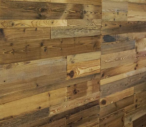 Holz Wandverkleidung mit 3d Paneelen aus verwittertem und recyceltem alten Holz von Nordje® | Natur